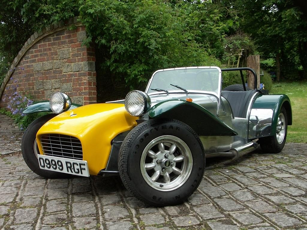 caterham lotus 7 cars for sale in surrey london kent m25 woodcote. Black Bedroom Furniture Sets. Home Design Ideas